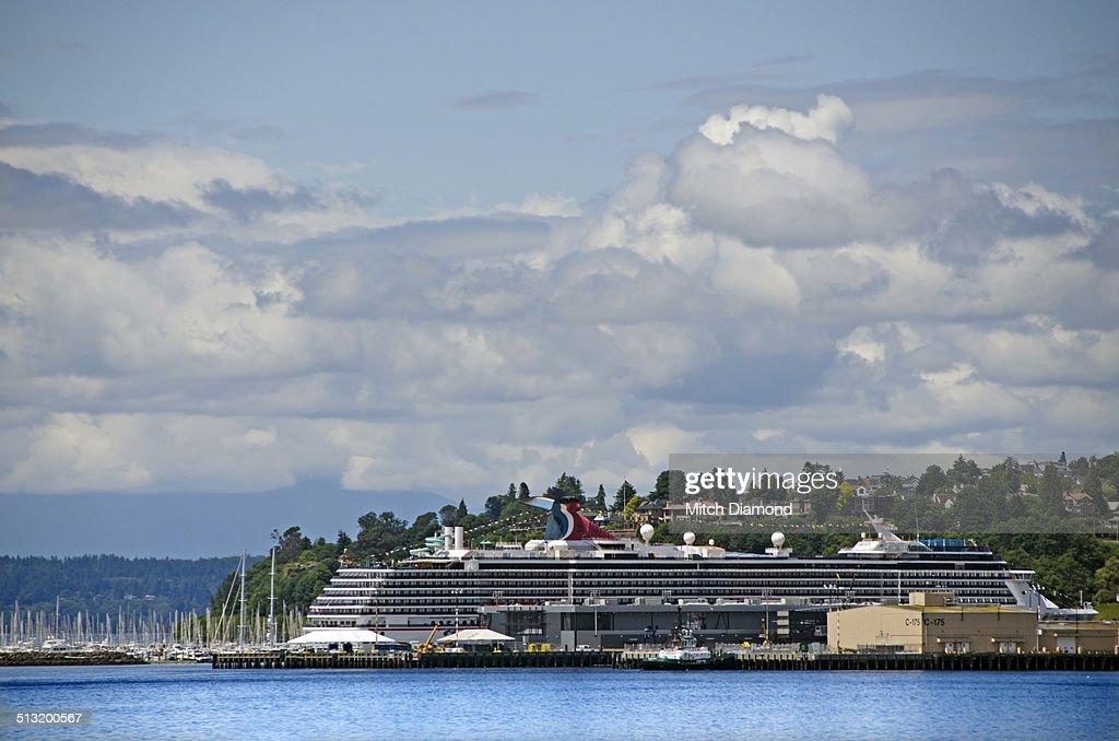 Seattle cruise ship port