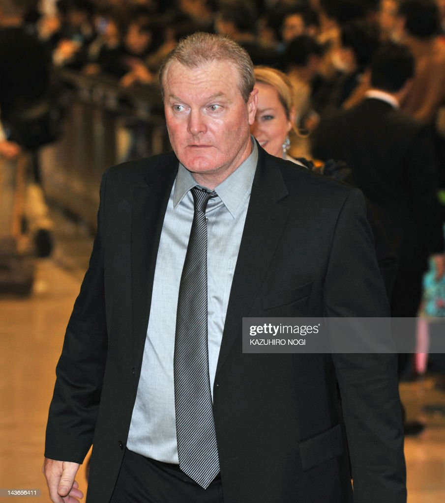 Seattle Mariners manager Eric Wedge arrives at Narita airport, Chiba prefecture on March 23, 2012. The Mariners arrived in Japan to play two exhibition games, against the Hanshin Tigers on Sunday and the Yomiuri Giants on Monday, before taking on the Athletics on March 28-29.