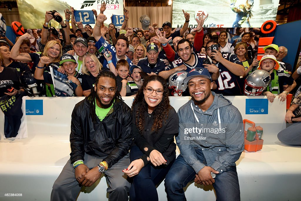 Seattle Seahawks cornerback <a gi-track='captionPersonalityLinkClicked' href=/galleries/search?phrase=Richard+Sherman+-+Jogador+de+futebol+americano&family=editorial&specificpeople=9857648 ng-click='$event.stopPropagation()'>Richard Sherman</a>, singer and NFL superfan <a gi-track='captionPersonalityLinkClicked' href=/galleries/search?phrase=Jordin+Sparks&family=editorial&specificpeople=4165535 ng-click='$event.stopPropagation()'>Jordin Sparks</a> and New England Patriots running back <a gi-track='captionPersonalityLinkClicked' href=/galleries/search?phrase=Shane+Vereen&family=editorial&specificpeople=5523170 ng-click='$event.stopPropagation()'>Shane Vereen</a> pose with fans during Microsoft's Game Before the Game on Xbox One Super Bowl Edition at the Phoenix Convention Center on January 27, 2015 in Phoenix, Arizona.