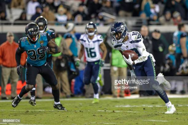 Seattle Seahawks wide receiver Paul Richardson runs with the ball for a touchdown during the game between the Seattle Seahawks and the Jacksonville...
