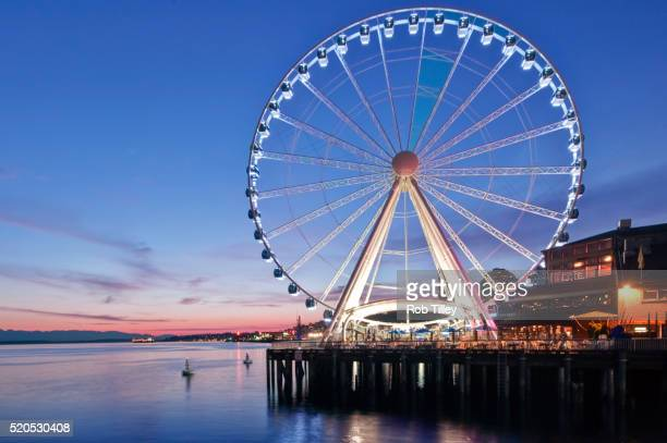 Seattle Wheel Twilight