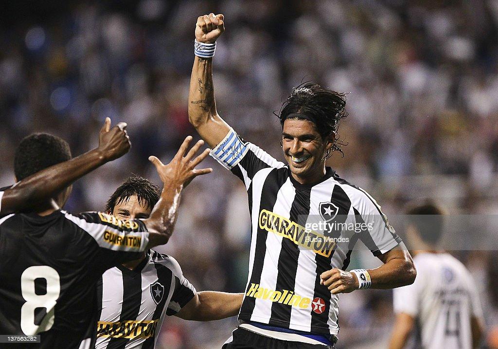 Botafogo v Resende - Campeonato Carioca