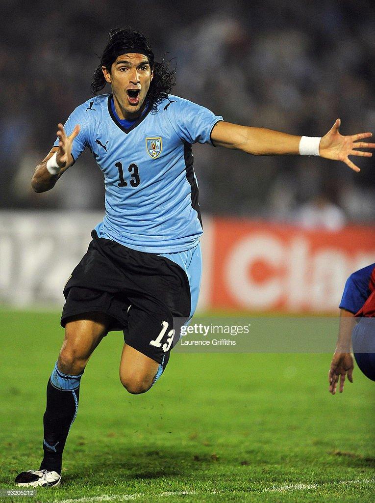 Uruguay v Costa Rica - 2010 FIFA World Cup Qualifiers