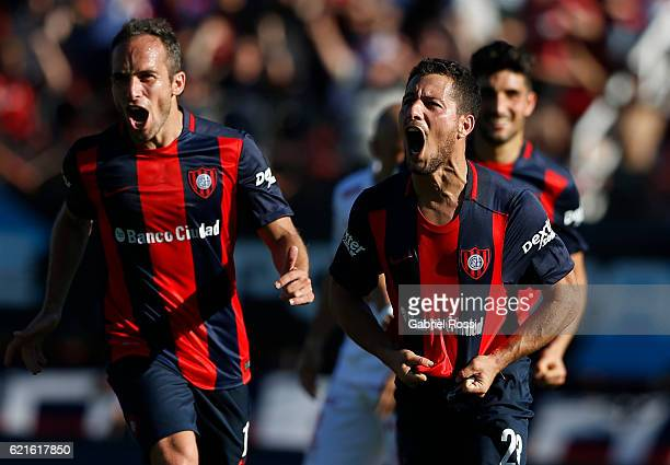 Sebastian Blanco of San Lorenzo celebrates after scoring the second goal of his team during a match between San Lorenzo and Huracan as part of Torneo...