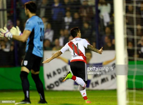 Sebastian Driussi of River Plate celebrates after scoring the first goal of his team during a match between Gimnasia y Esgrima La Plata and River...