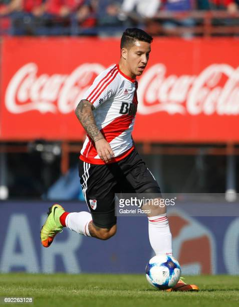 Sebastian Driussi of River Plate drives the ball during a match between San Lorenzo and River Plate as part of Torneo Primera Division 2016/17 at...