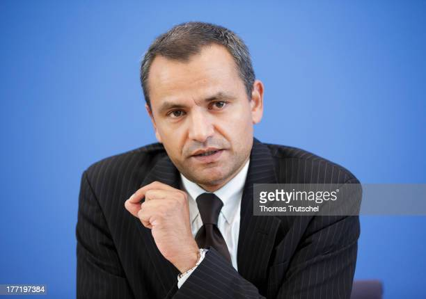 Sebastian Edathy chairman of the Bundestag commission investigating the NSU murder series speaks to the media on August 22 2013 in Berlin Germany The...