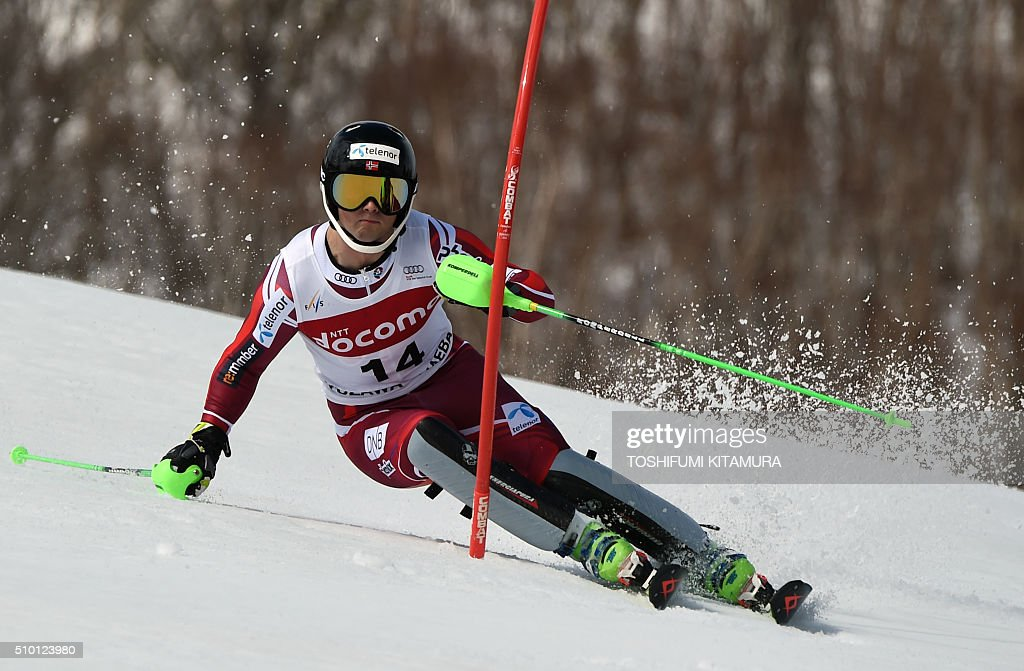 Sebastian Foss-Solevaag of Norway skies down the course during the FIS Ski World Cup 2015/2016 men's slalom competition first run at the Naeba ski resort in Yuzawa town, Niigata prefecture on February 14, 2016. AFP PHOTO / TOSHIFUMI KITAMURA / AFP / TOSHIFUMI KITAMURA