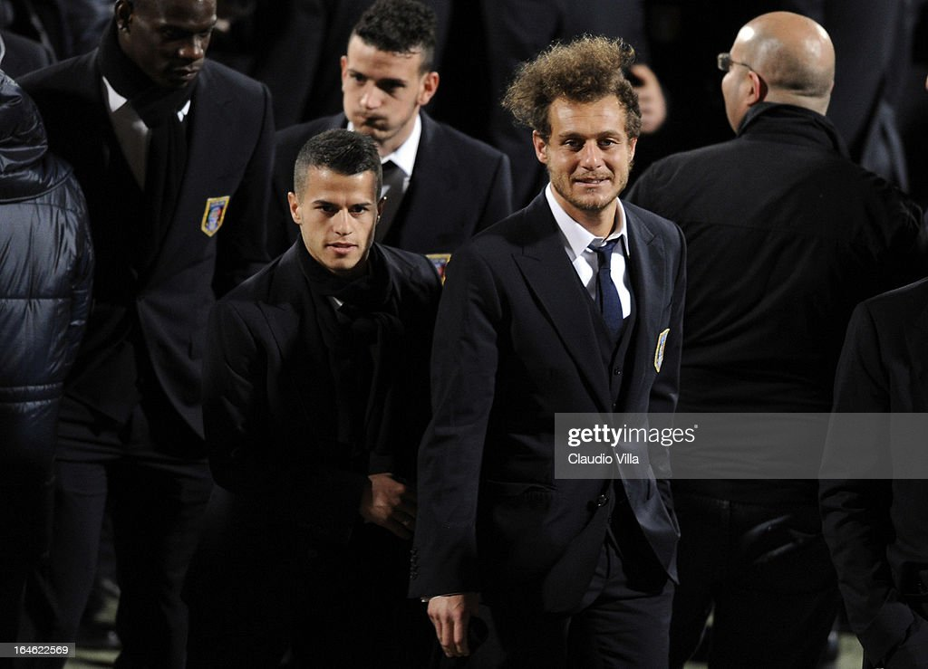 <a gi-track='captionPersonalityLinkClicked' href=/galleries/search?phrase=Sebastian+Giovinco&family=editorial&specificpeople=4284715 ng-click='$event.stopPropagation()'>Sebastian Giovinco</a> and Alessandro Diamanti (R) of Italy inspect the pitch ahead of the FIFA 2014 World Cup qualifier match between Malta and Italy at Ta' Qali Stadium on March 25, 2013 in Valletta, Malta.