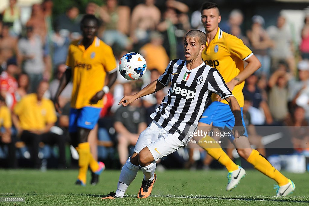 Sebastian Giovinco of FC Juventus in action during the pre-season friendly match between FC Juventus A and FC Juventus B on August 11, 2013 in Villar Perosa near Pinerolo, Italy.