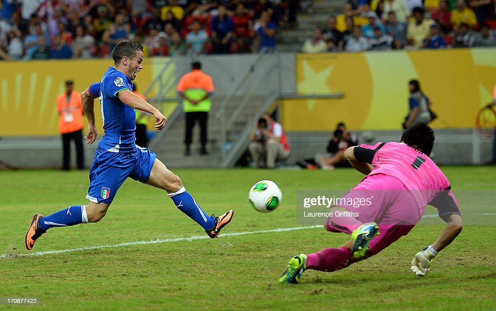 Sebastian Giovinco of Italy scores his team's fourth goal to make the score 4-3 during the FIFA Confederations Cup Brazil 2013 Group A match between Italy and Japan at Arena Pernambuco on June 19, 2013 in Recife, Brazil.