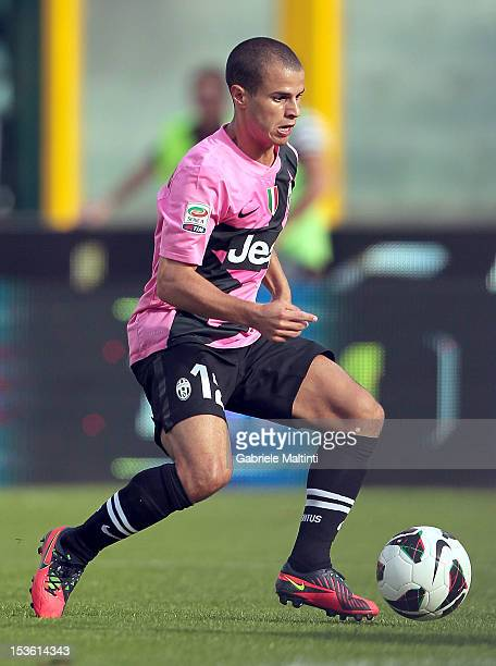 Sebastian Giovinco of Juventus FC in action during the Serie A match between AC Siena and FC Juventus at Stadio Artemio Franchi on October 7 2012 in...