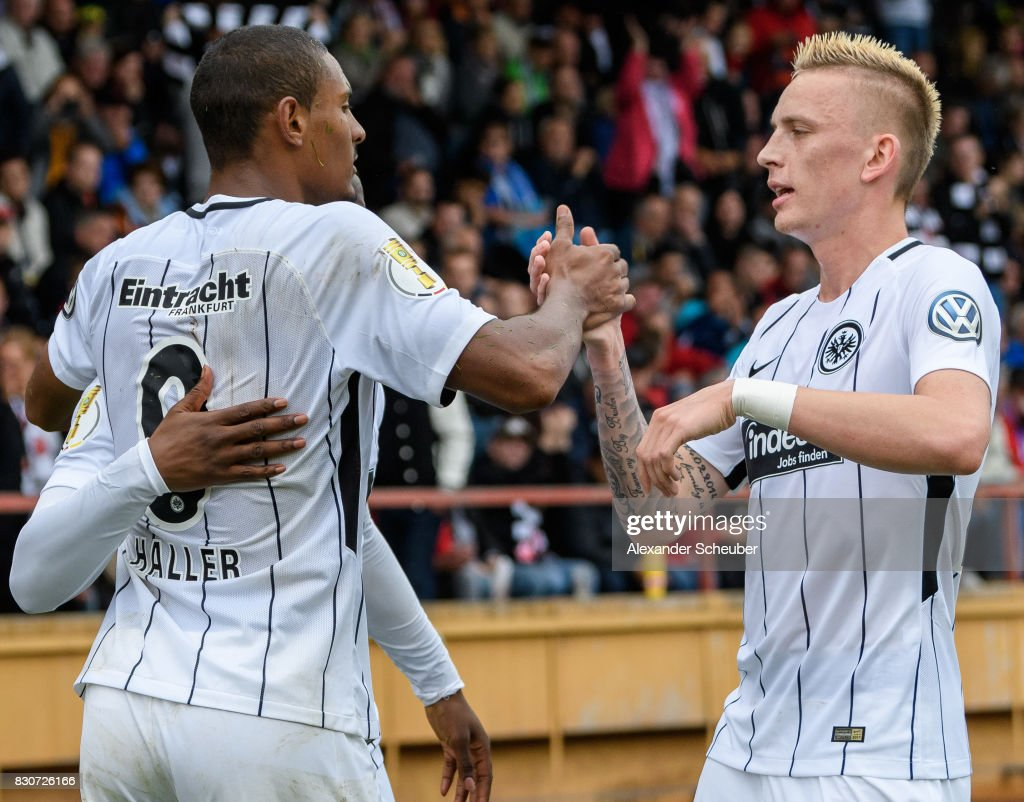 Sebastian Haller of Eintracht Frankfurt celebrates the third goal for his team during the DFB Cup match between TuS Erndtebrueck and Eintracht Frankfurt at Leimbachstadion on August 12, 2017 in Siegen, Germany.
