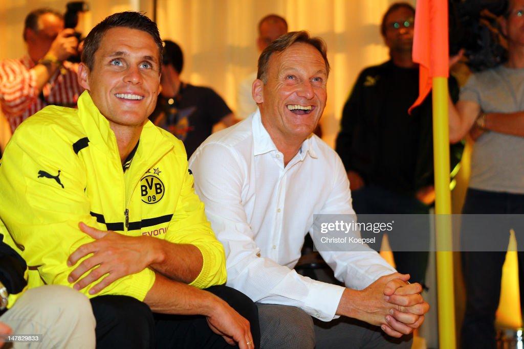 Borussia Dortmund Kit Launch 2012/2013