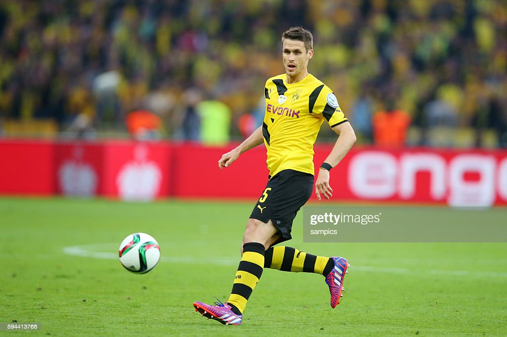 Sebastian Kehl Fussball DFB Pokal Finale BVB Borussia Dortmund Vfl Wolfsburg
