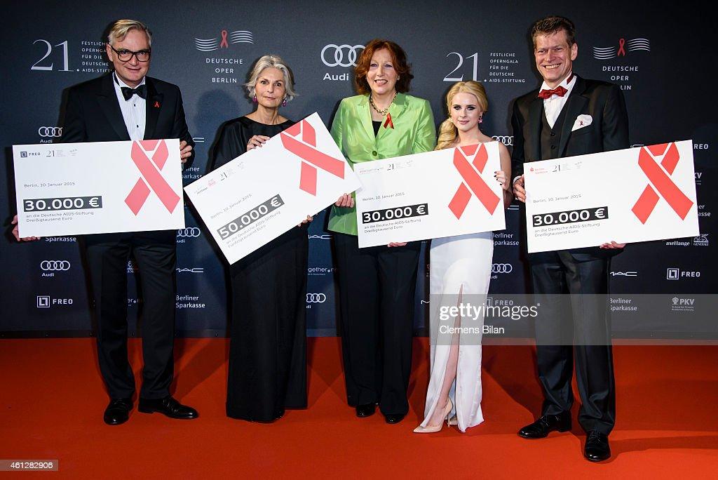 Sebastian Klatt, Michaela Lange, Elisabeth Pott, Juliane Lipke and Johannes Evers attend the 21st Aids Gala at Deutsche Oper Berlin on January 10, 2015 in Berlin, Germany.