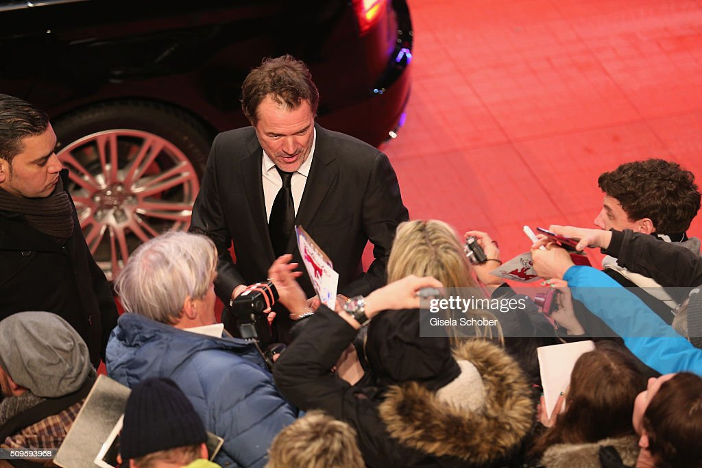 <a gi-track='captionPersonalityLinkClicked' href=/galleries/search?phrase=Sebastian+Koch&family=editorial&specificpeople=636122 ng-click='$event.stopPropagation()'>Sebastian Koch</a> attends the 'Hail, Caesar!' premiere during the 66th Berlinale International Film Festival Berlin at Berlinale Palace on February 11, 2016 in Berlin, Germany.