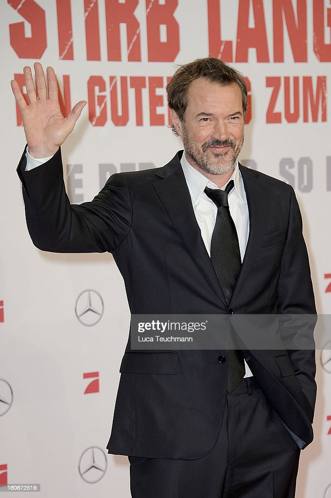 Sebastian Koch attends the premiere of 'Die Hard - Ein Guter Tag Zum Sterben' at Sony Center on February 4, 2013 in Berlin, Germany.