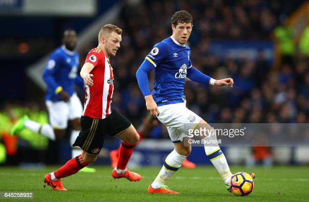 Sebastian Larsson of Sunderland puts pressure on Ross Barkley of Everton during the Premier League match between Everton and Sunderland at Goodison...