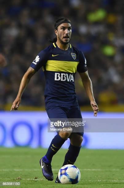 Sebastian Perez of Boca Juniors drives the ball during a match between Boca Juniors and Defensa y Justicia as part of Torneo Primera Division 2016/17...