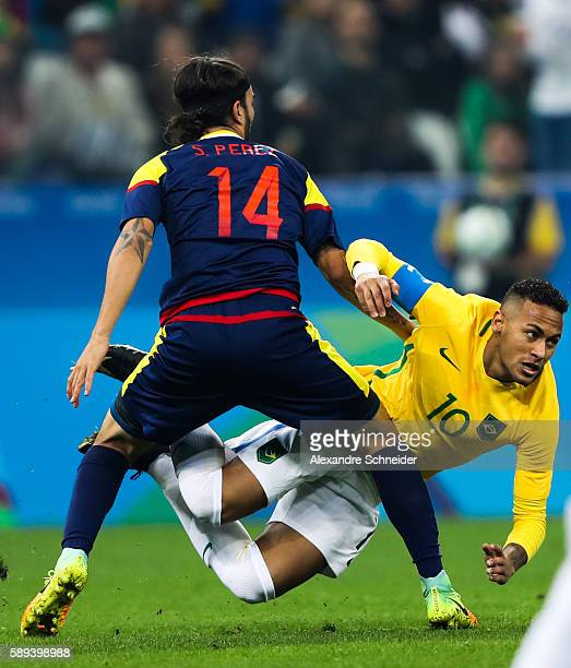 Sebastian Perez of Colombia and Neymar of Brazil sin action during the match between Brazil and Colombia mens football quarter final at Arena...