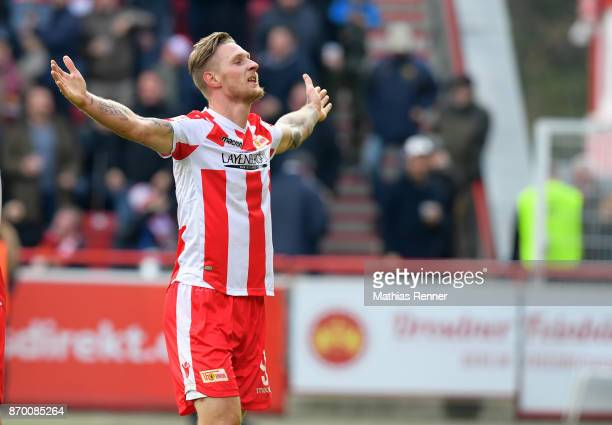 Sebastian Polter of 1FC Union Berlin celebrates after scoring the 10 during the game between Union Berlin and dem FC St Pauli on November 4 2017 in...