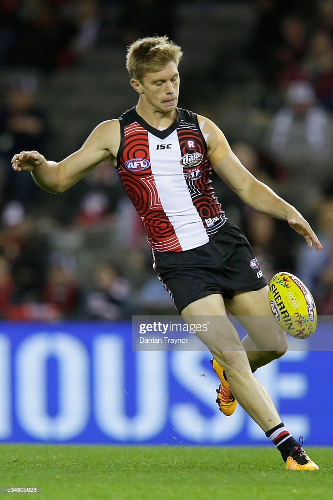 <a gi-track='captionPersonalityLinkClicked' href=/galleries/search?phrase=Sebastian+Ross&family=editorial&specificpeople=7091084 ng-click='$event.stopPropagation()'>Sebastian Ross</a> of the Saints kicks the ball during the round 10 AFL match between the St Kilda Saints and the Fremantle Dockers at Etihad Stadium on May 28, 2016 in Melbourne, Australia.