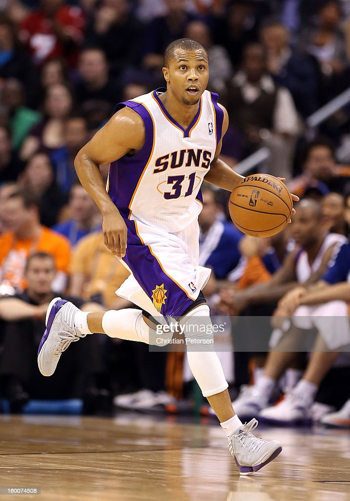 Sebastian Telfair #31 of the Phoenix Suns moves the ball upcourt during the NBA game against the Los Angeles Clippers at US Airways Center on January 24, 2013 in Phoenix, Arizona. The Suns defeated the Clippers 93-88.