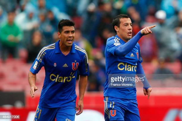 Sebasti‡an Ubilla of U de Chile celebrates after scoring the first goal of his team against Huachipato during a match between U de Chile and...