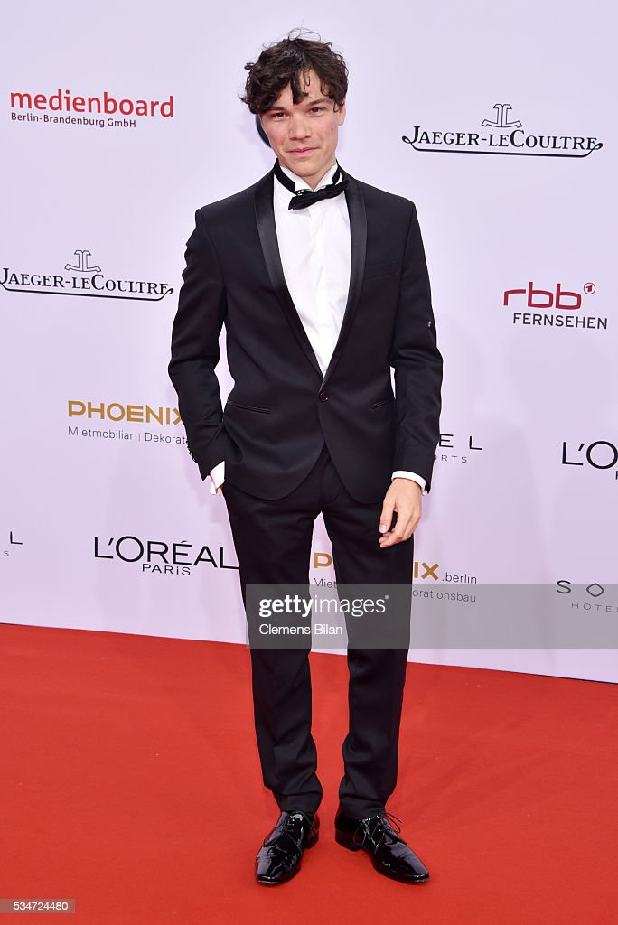 Sebastian Urzendowsky attends the Lola - German Film Award (Deutscher Filmpreis) on May 27, 2016 in Berlin, Germany.