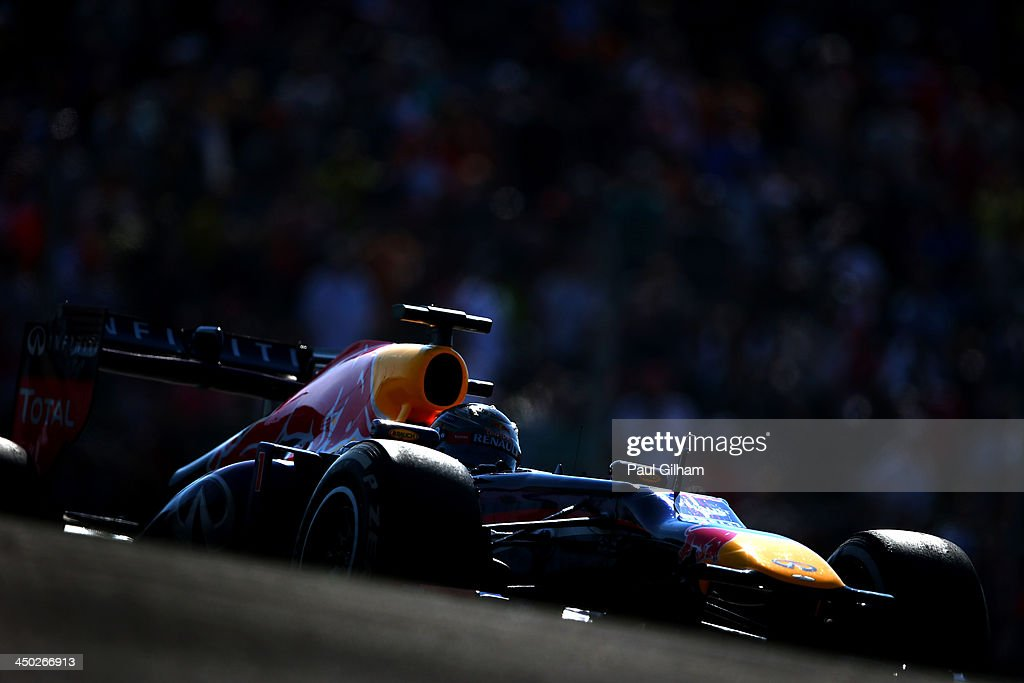 <a gi-track='captionPersonalityLinkClicked' href=/galleries/search?phrase=Sebastian+Vettel&family=editorial&specificpeople=2233605 ng-click='$event.stopPropagation()'>Sebastian Vettel</a> of Germany and Infiniti Red Bull Racing drives on his way to winning the United States Formula One Grand Prix at Circuit of The Americas on November 17, 2013 in Austin, United States.