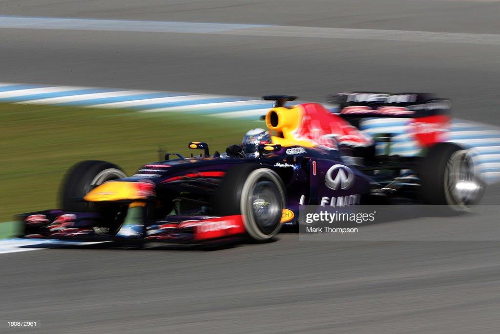 Sebastian Vettel of Germany and Infiniti Red Bull Racing drives during Formula One winter testing at Circuito de Jerez on February 7, 2013 in Jerez de la Frontera, Spain.