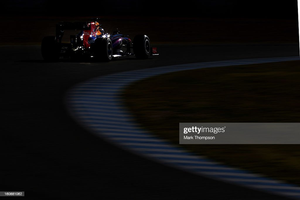 Sebastian Vettel of Germany and Infiniti Red Bull Racing drives during Formula One winter testing at Circuito de Jerez on February 7, 2013 in Jerez de la Frontera, Spain.