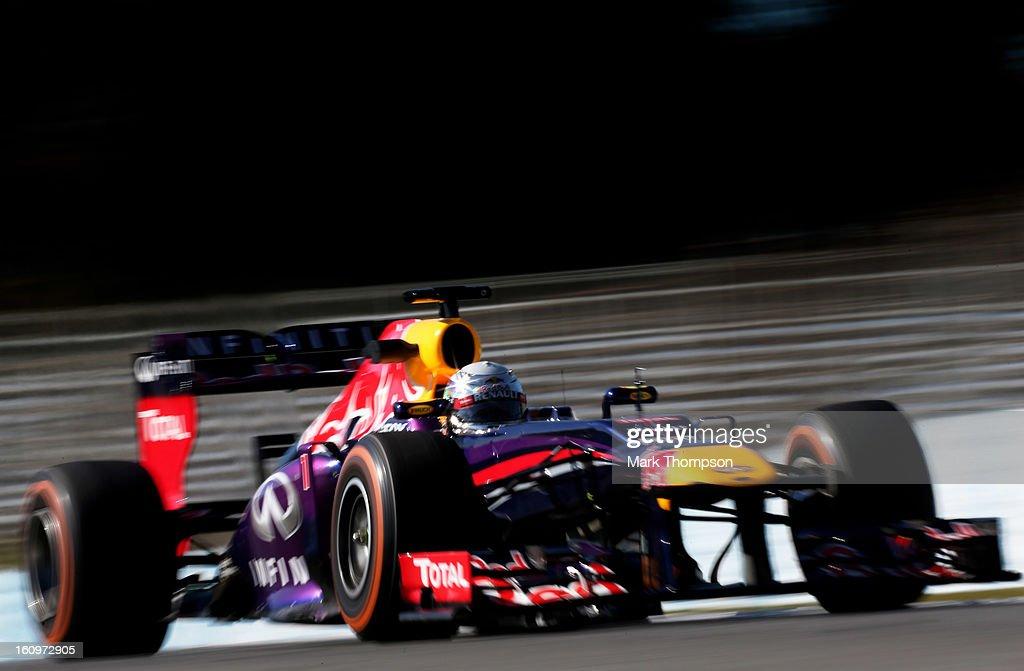 Sebastian Vettel of Germany and Infiniti Red Bull Racing drives during Formula One winter testing at Circuito de Jerez on February 8, 2013 in Jerez de la Frontera, Spain.