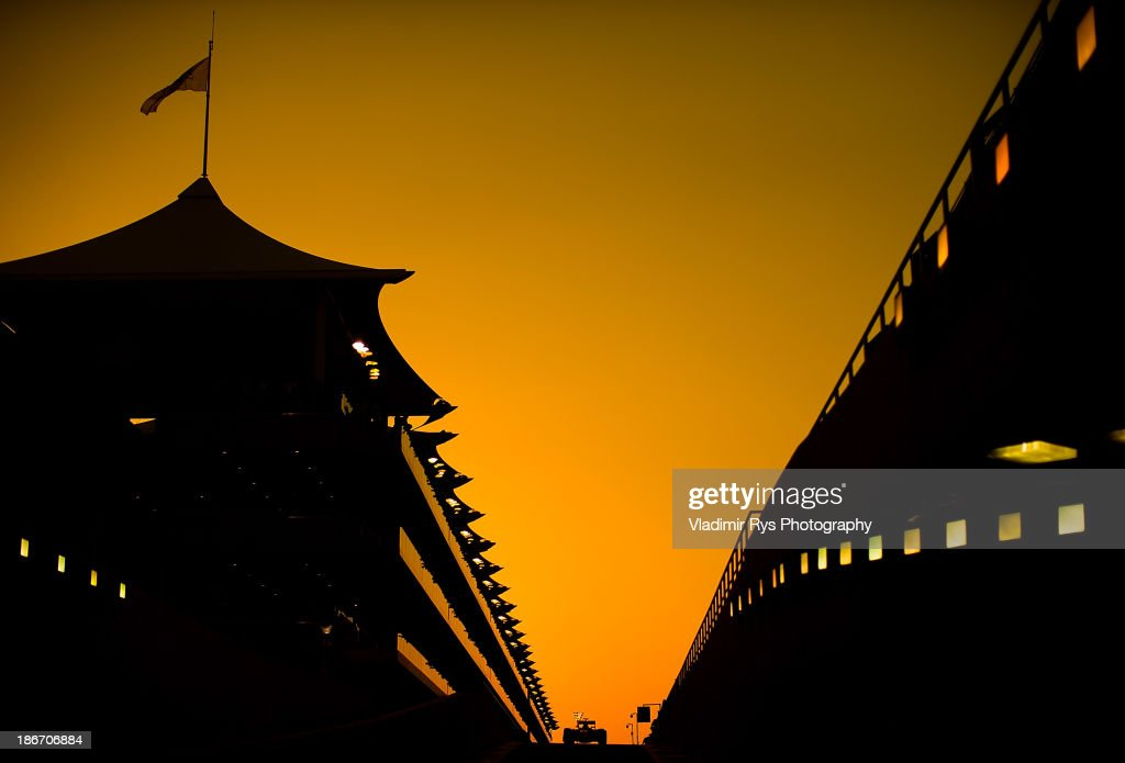 <a gi-track='captionPersonalityLinkClicked' href=/galleries/search?phrase=Sebastian+Vettel&family=editorial&specificpeople=2233605 ng-click='$event.stopPropagation()'>Sebastian Vettel</a> of Germany and Infiniti Red Bull Racing during the Abu Dhabi Formula One Grand Prix at the Yas Marina Circuit on November 3, 2013 in Abu Dhabi, United Arab Emirates.