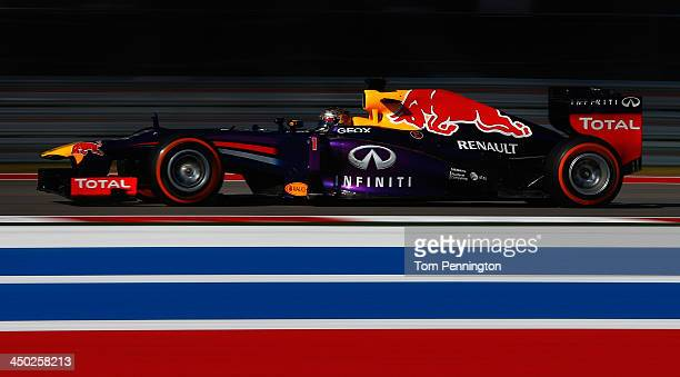 Sebastian Vettel of Germany and Infiniti Red Bull Racing leads the field during the United States Formula One Grand Prix at Circuit of The Americas...