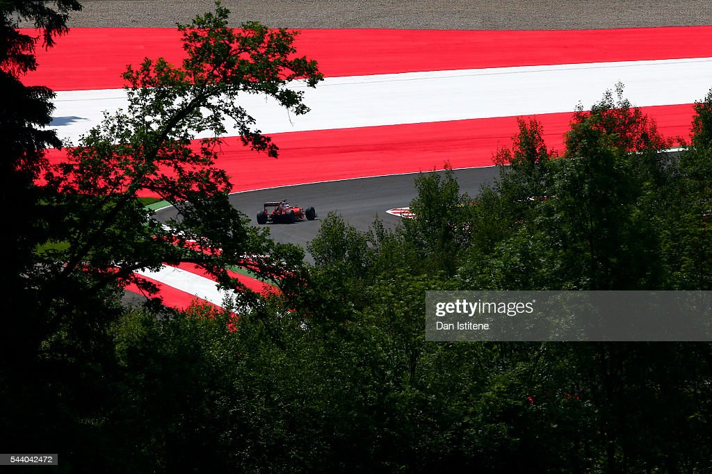 <a gi-track='captionPersonalityLinkClicked' href=/galleries/search?phrase=Sebastian+Vettel&family=editorial&specificpeople=2233605 ng-click='$event.stopPropagation()'>Sebastian Vettel</a> of Germany drives the Scuderia Ferrari SF16-H Ferrari 059/5 turbo during practice for the Formula One Grand Prix of Austria at Red Bull Ring on July 1, 2016 in Spielberg, Austria.