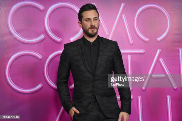 Sebastian Zurita is seen attending at red carpet of 'Como Cortar a tu Patan' film premiere on October 10 2017 in Mexico City Mexico