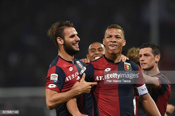 Sebastien De Maio of CFC Genoa celebrates his first goal during the Serie A match between Genoa CFC and FC Internazionale Milano at Stadio Luigi...