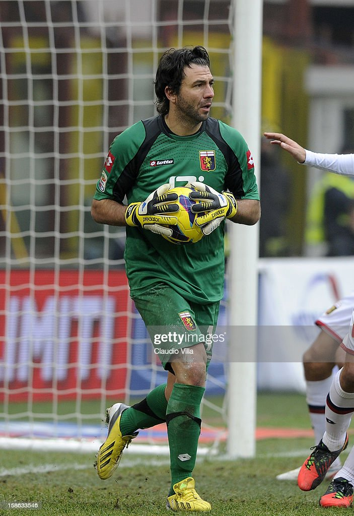 <a gi-track='captionPersonalityLinkClicked' href=/galleries/search?phrase=Sebastien+Frey&family=editorial&specificpeople=2131644 ng-click='$event.stopPropagation()'>Sebastien Frey</a> of Genoa CFC during the Serie A match between FC Internazionale Milano and Genoa CFC at San Siro Stadium on December 22, 2012 in Milan, Italy.