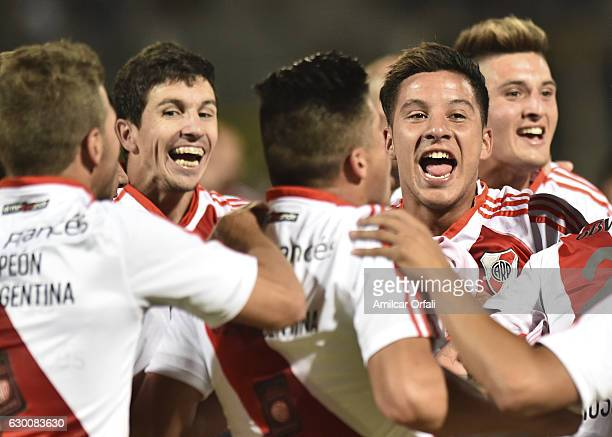 Sebastián Driussi and teammates celebrate after a final match between River Plate and Rosario Central as part of Copa Argentina 2016 at Mario Alberto...