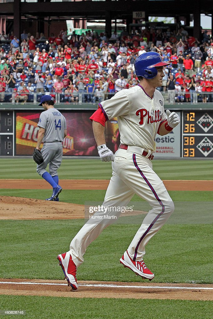 Second baseman <a gi-track='captionPersonalityLinkClicked' href=/galleries/search?phrase=Chase+Utley&family=editorial&specificpeople=161391 ng-click='$event.stopPropagation()'>Chase Utley</a> #26 of the Philadelphia Phillies jogs home after hitting a home run in the first inning during a game against the Los Angeles Dodgers at Citizens Bank Park on May 24, 2014 in Philadelphia, Pennsylvania.
