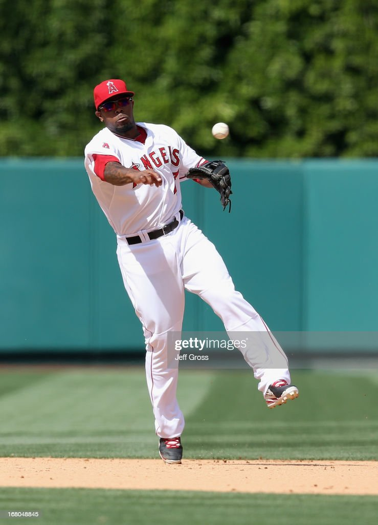 Second baseman <a gi-track='captionPersonalityLinkClicked' href=/galleries/search?phrase=Howie+Kendrick&family=editorial&specificpeople=628938 ng-click='$event.stopPropagation()'>Howie Kendrick</a> #47 of the Los Angeles Angels of Anaheim throws out Ryan Flaherty (not pictured) of the Baltimore Orioles in the eighth inning at Angel Stadium of Anaheim on May 4, 2013 in Anaheim, California. The Orioles defeated the Angels 5-4 in ten innings.