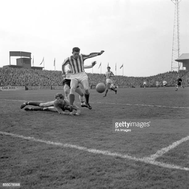 A second full back is Liverpoolborn Len Ashurst of Sunderland pictured here as he clears the ball in a very determined and defensive state of mind