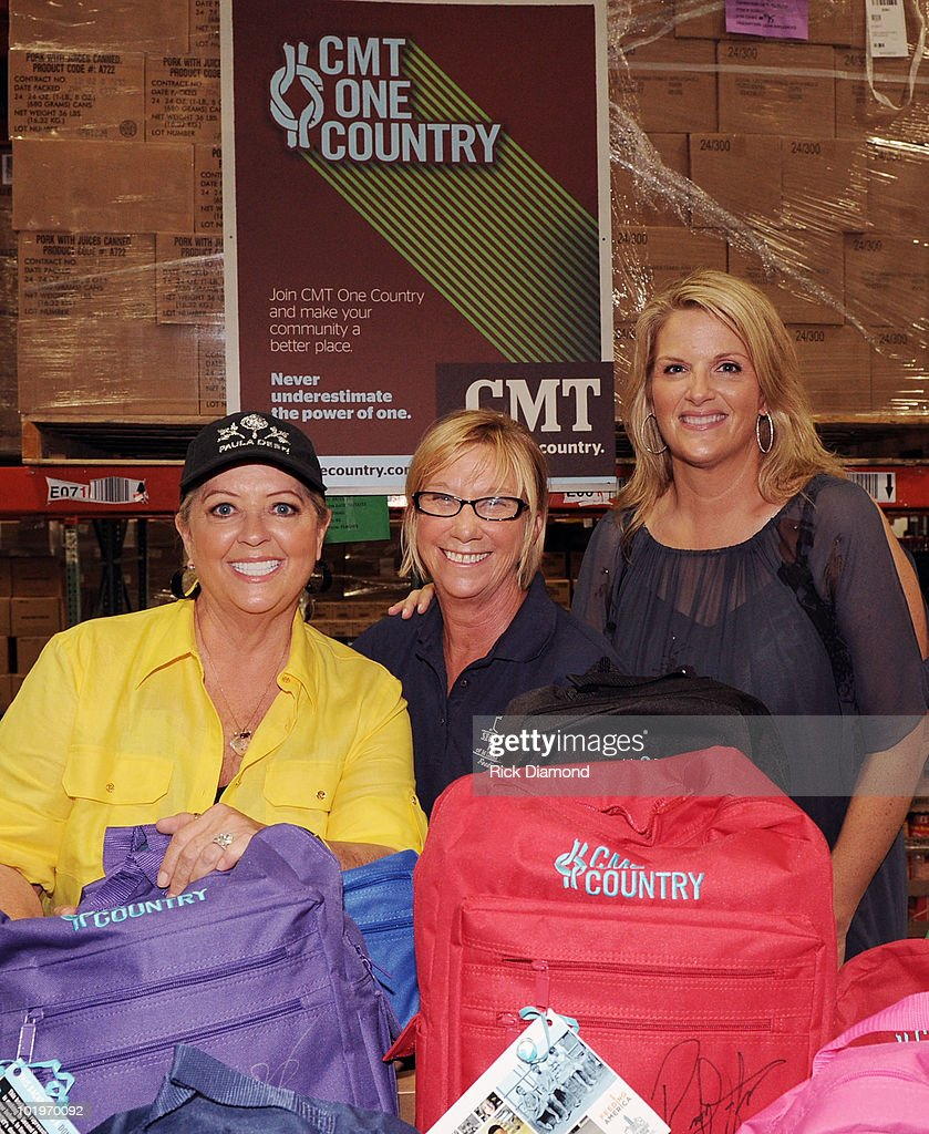 Paula deen photo getty images - Country Second Harvest Present Food S Network Paula Deen Left And Singer Songwriter