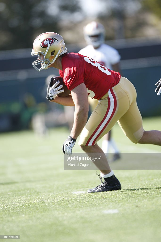 Second round draft pick Vance McDonald works out during the San Francisco 49ers Rookie Camp at the team training complex facility on May 10, 2013 in Santa Clara, California