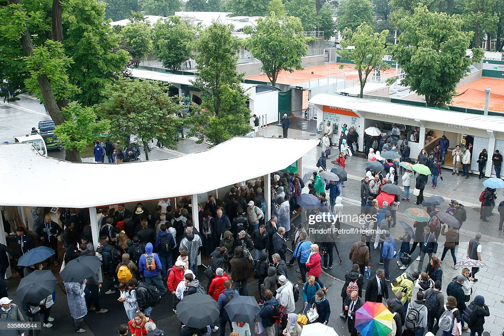 Second time in Roland Garros Tournament history that a full day is canceled - Illustartion view of the rain during Day Nine of the 2016 French Tennis Open at Roland Garros on May 30, 2016 in Paris, France.