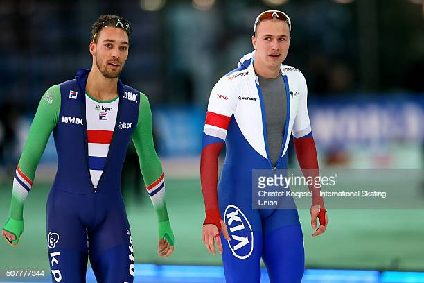 Second winner Kjeld Nuis of Netherlands and winner Pavel Kulizhnikov of Russia smile after the 1000m men race Divison A during Day 3 of ISU Speed...