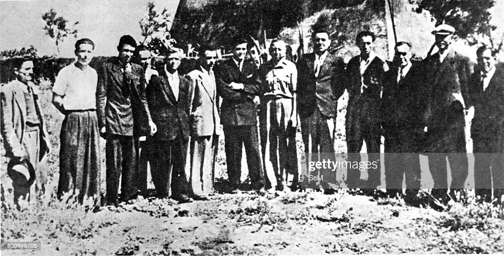 Second World WarItaly 1943 Civilians rescued from the Italian Carabinieri Salvo D'Acquisto in Santa Severa shot in their place by the German SS in...