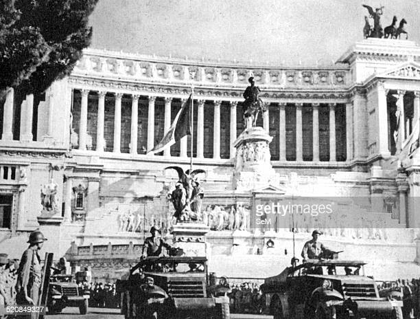 Second World WarItaly 1944 June 4 1944 Liberation of Rome Armored allies march in the parade to Piazza Venezia in front of the monument to King...
